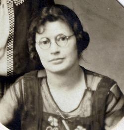 Velma Aaron